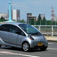 Parece que los japoneses practican una conducción más educada