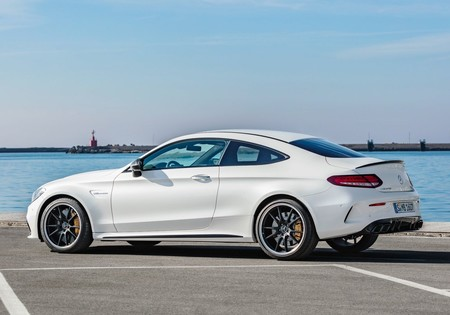Mercedes Benz C63 S Amg Coupe 2019 1600 2a
