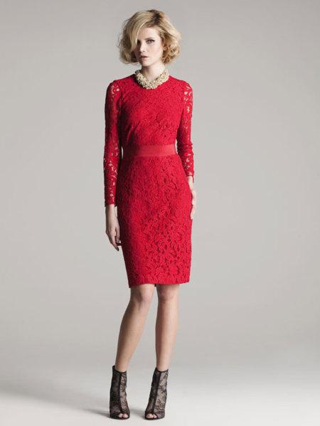 Encájate el próximo otoño con un vestido de encaje