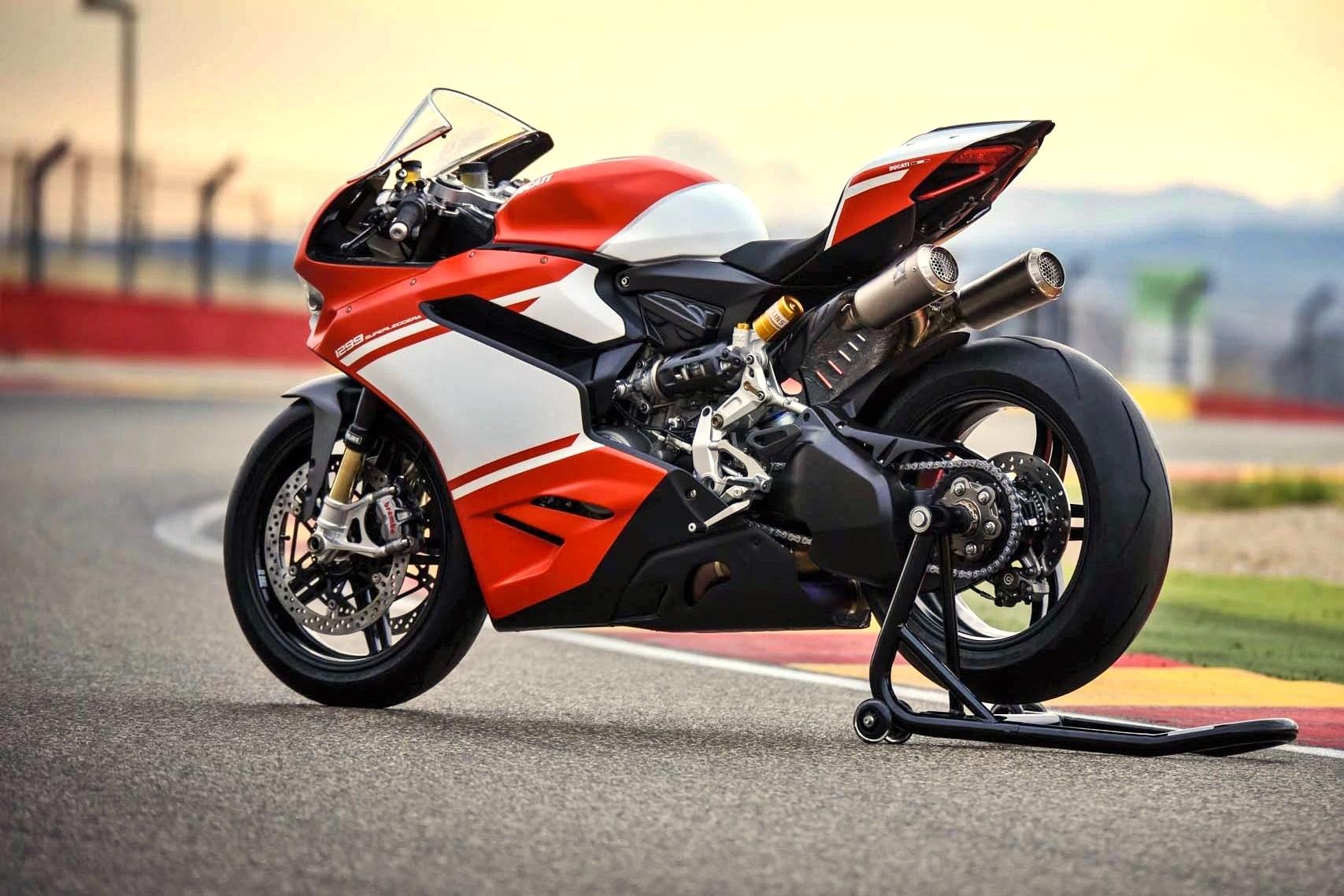 Foto de Ducati 1299 Superleggera (18/22)