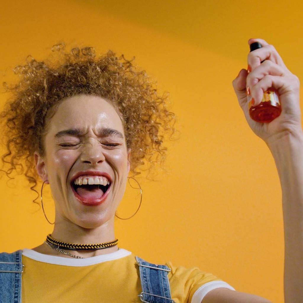 Las brumas faciales que te ayudarán a mantener tu piel hidratada durante todo el día (y en un solo gesto) #source%3Dgooglier%2Ecom#https%3A%2F%2Fgooglier%2Ecom%2Fpage%2F%2F10000