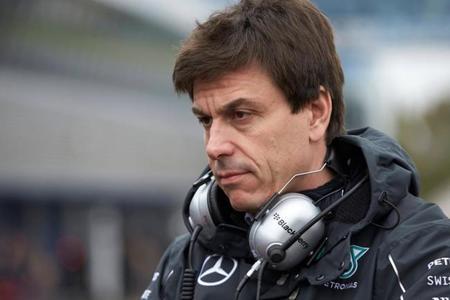 """Toto Wolff:""""No será sencillo para Lotus cambiar de Renault a Mercedes"""""""