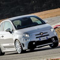 Abarth 595 esseesse: la leyenda regresa con una nueva cara y mayor poder