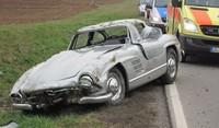 Dolorpasión™: Mercedes 300 SL Gullwing (¡nooooo!, ¿¡por quééééé!?): un destrozo histórico