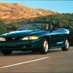 Foto 48 de 70 de la galería ford-mustang-generacion-1994-2004 en Motorpasión