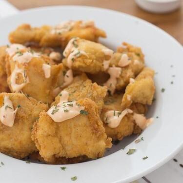 Receta de pollo crujiente con salsa de mayonesa picante