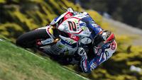 Leon Camier arrasa en los test privados de Phillip Island de Superbikes, Jules Cluzel KO