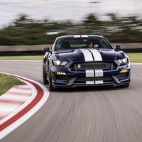 2019 Ford Mustang Shelby GT350: más preciso y eficaz, pero tan atmosférico, manual y brutal como siempre