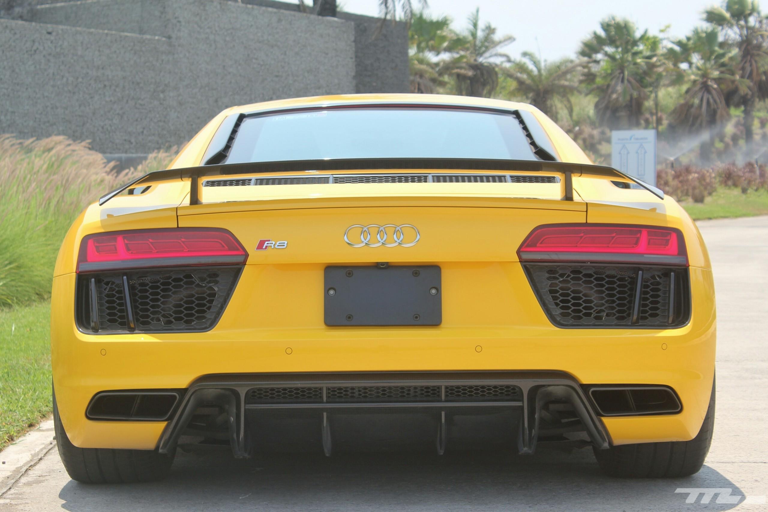 Foto de Audi R8 V10 Plus (22/36)