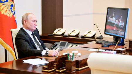 Putin usa Windows XP en su ordenador del Kremlin: se trata de un sistema operativo que dejó de actualizarse hace meses
