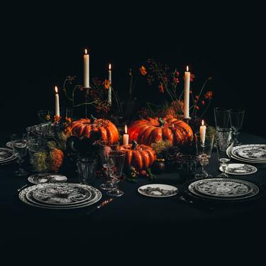 Dior tiene la vajilla y adornos más ideales para una mesa perfecta de Halloween