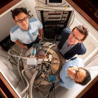 200 veces más rápido que nunca: la operación cuántica más rápida hasta el momento está basada en silicio