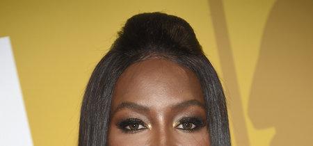Naomi Campbell sabe brillar mejor que nadie, en esta ocasión con un Elie Saab muy amigo de Prada