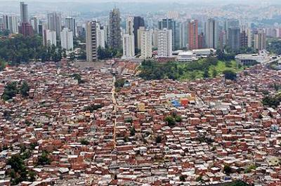 Visita a las favelas de Brasil