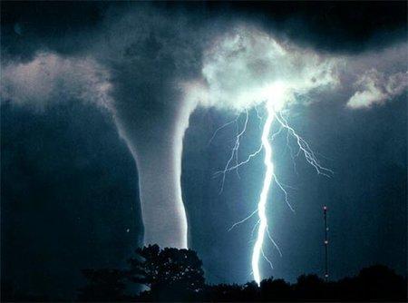 La máxima velocidad del viento registrada, la temperatura más baja y otros récords meteorológicos