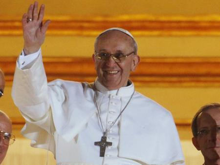 El negocio en torno al Papa Francisco I