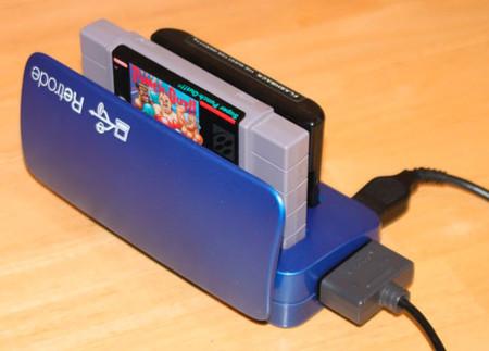 Retrode, el dispositivo que devuelve la vida a tus juegos de SNES y MegaDrive