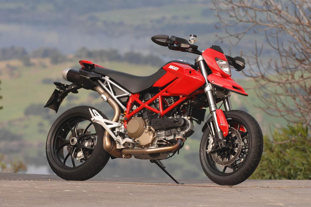 Foto de Ducati Hypermotard (3/27)
