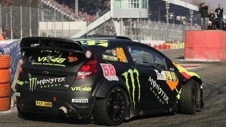 Valentino Rossi volverá a subirse en un Ferrari de competición