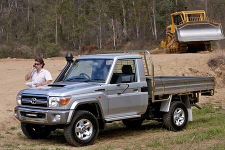 Toyota Land Cruiser 70 2022 2