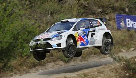 Rally de Argentina 2013: Sébastien Ogier se escapa al final del día