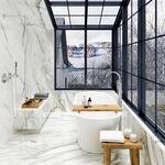 Diseño en el cuarto de baño; algunas opciones para que sustituir la bañera por un plato de ducha no signifique renunciar a darse un baño relajante en casa