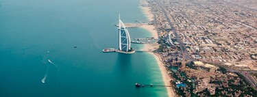 Con 45.000€ y unas vacaciones en Dubái: así se pueden saltar los ricos la espera para la vacuna