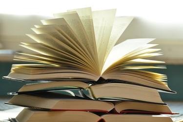 Emprendedores y (posibles) nuevos millonarios: 7 libros que recomiendan leer para aprender a emprender