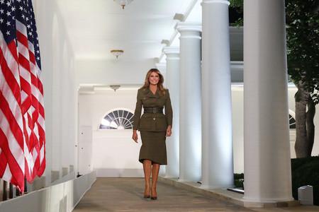 Melania Trump Look Militar Alexander Mcqueen 03