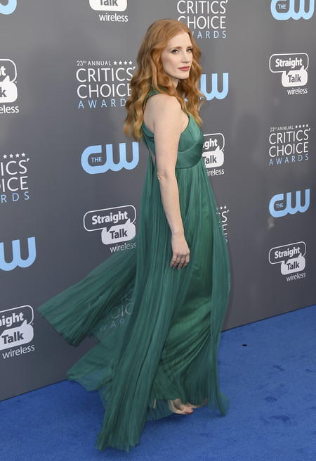 jessica chastain critics choice awards alfombra roja
