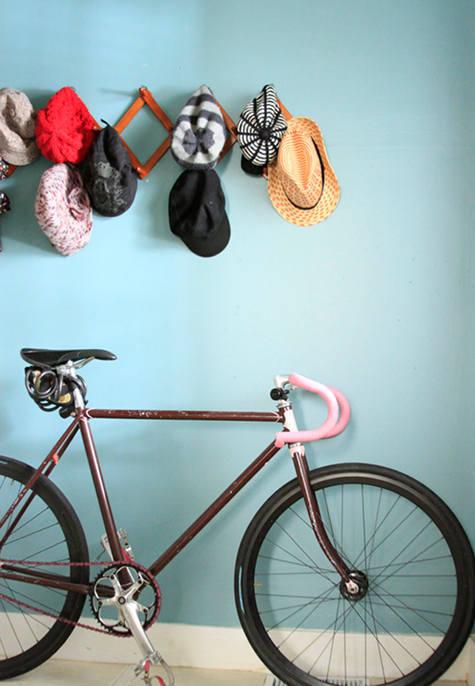 Ideas para guardar una bicicleta en una casa.