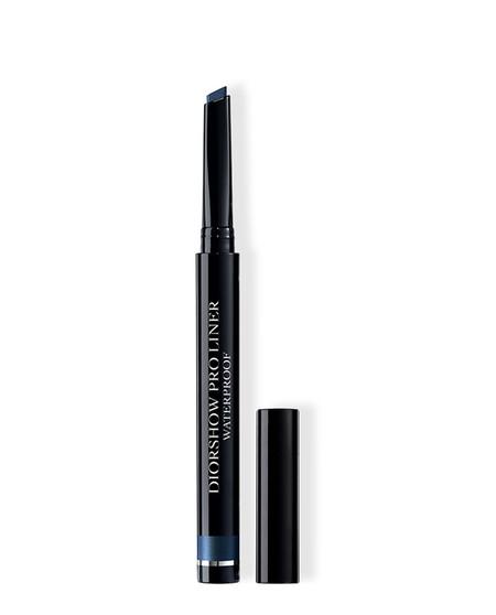 Pantone Classic Blue Cosmeticos Dior