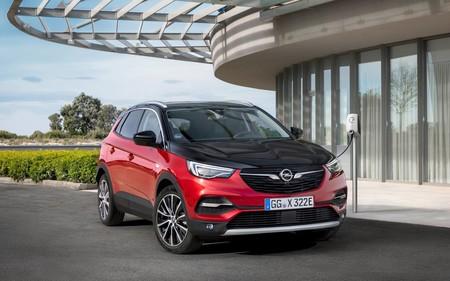 Opel Grandland X Hybrid4 3