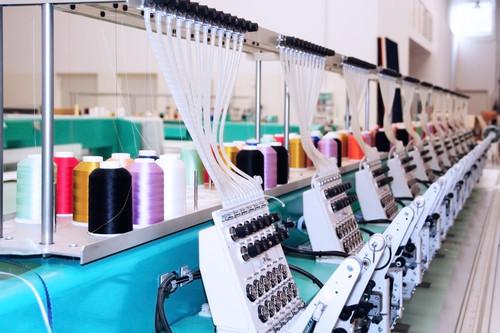 Los robots en la fábrica de ropa: Occidente gana empresas de vuelta, los países en desarrollo tienen mucho que perder