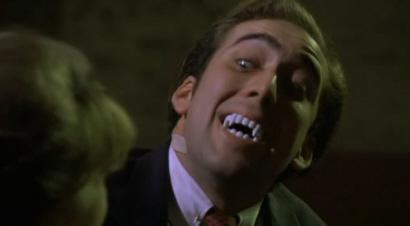 'Besos de Vampiro', en la que Nicolas Cage se come una cucaracha