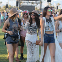 Selena Gomez Kendall Jenner Coachella 2014