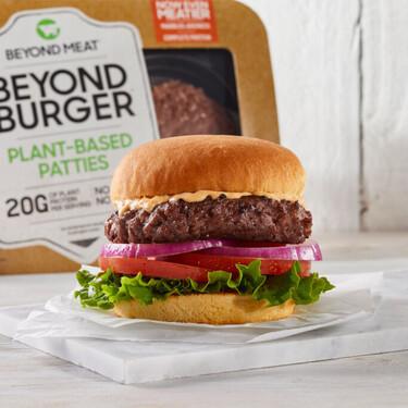 """El Parlamento Europeo rechaza prohibir el uso de palabras como """"hamburguesa"""" o """"salchicha"""" en productos vegetales"""