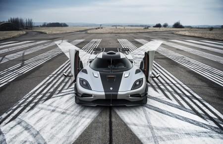 """""""Sin querer"""" el Koenigsegg One:1 marca un nuevo récord en el circuito de Suzuka"""