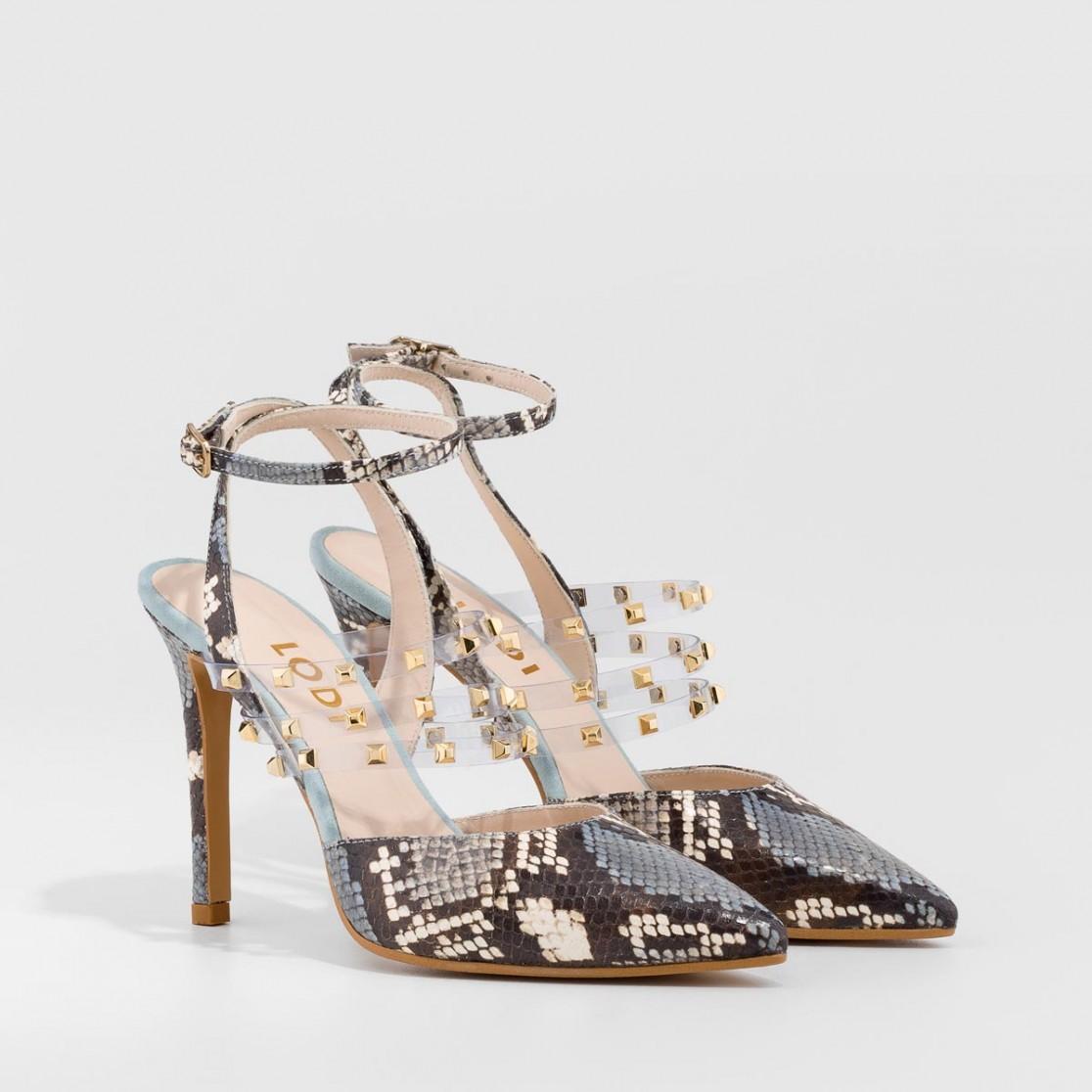 Zapatos de salón destalonados de piel con print de serpiente y tachas decorativas