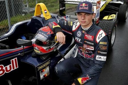 """Max Verstappen da un """"ligero toque"""" al RB7 en Rotterdam"""