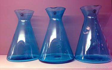 Cinco recipientes de Ikea para tener agua fresca en la mesilla de noche