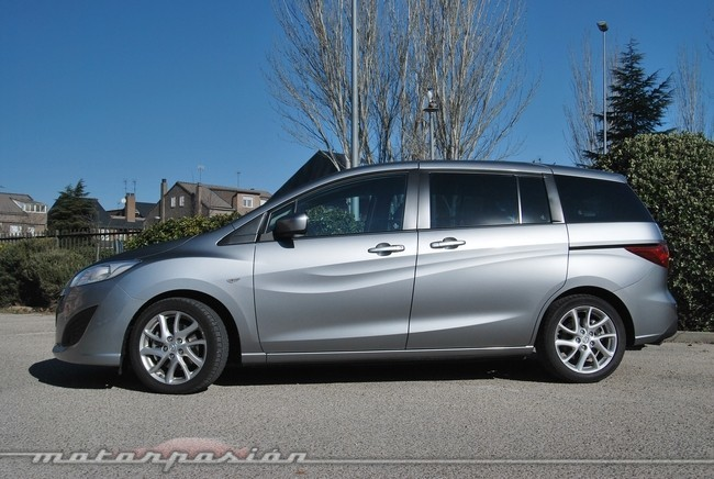 Mazda5 2011