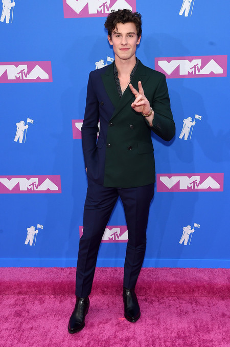 Shawn Mendes Viste El Perfecto Traje De Verano En Los Mtv Video Music Awards 2