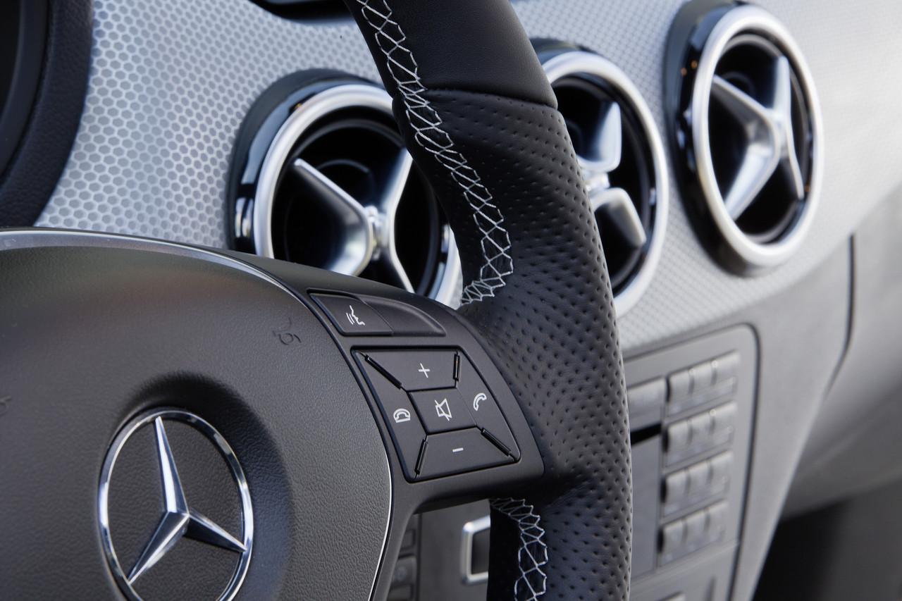 Foto de Mercedes-Benz Clase B (84/104)