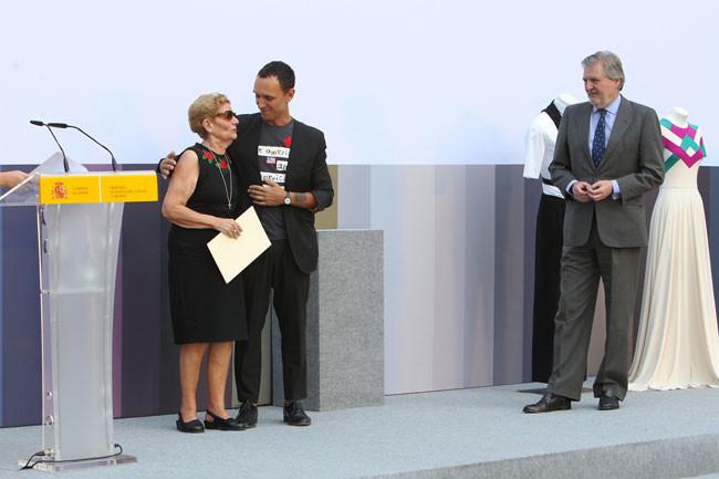 Premio Nacional de Diseño de Moda 2016 para David Delfín