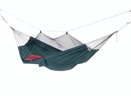 Hoy lunes apetece una siesta en la hamaca antimosquitos Amazonas AZ-1030200. Cuesta 34,22 euros en Amazon