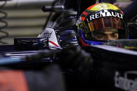 Sanción de 5 posiciones para Pastor Maldonado por el cambio de la caja de cambios