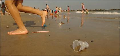 Toneladas de basura en las playas del mundo