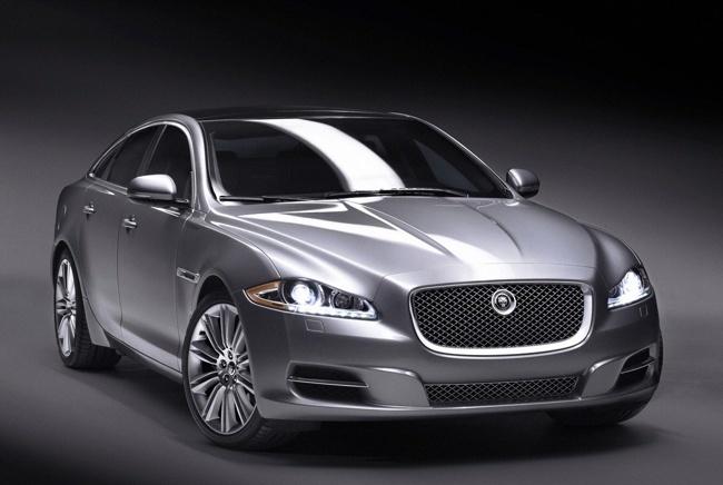 Jaguar XJ desde delante