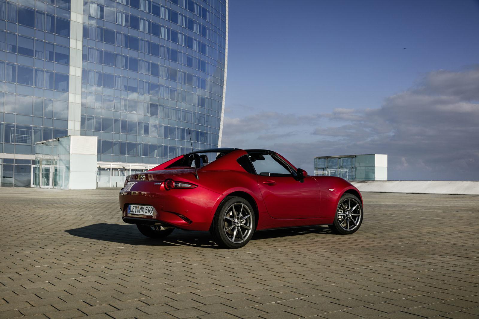 Foto de Mazda MX-5 RF (toma de contacto) (11/31)